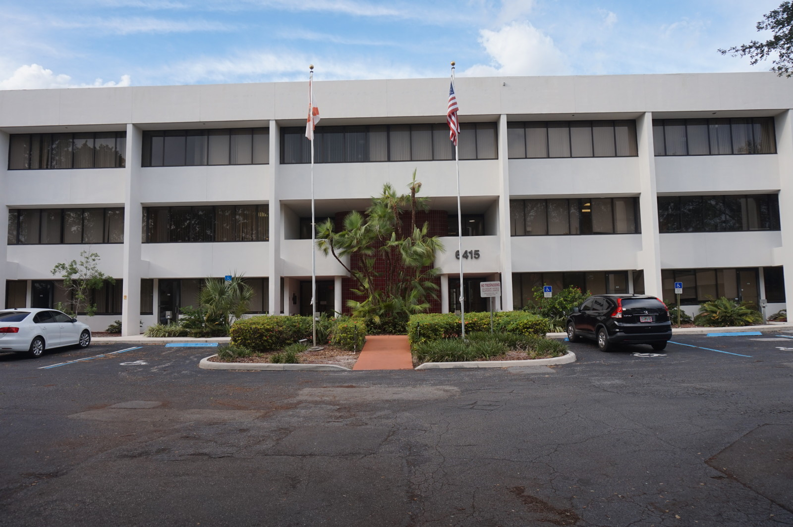 Office Space Available at Lakeview 6415 Lake Worth, FL 33463